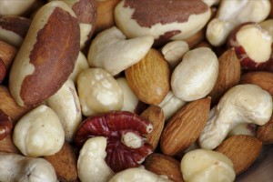nuts, healthy heart
